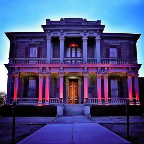 two rivers mansion illuminated